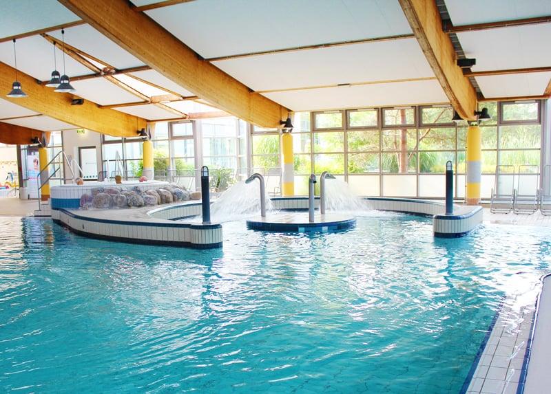 Erlebnisbecken_aquaLaatzium-Schwimmbad-Hannover